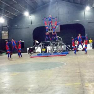 Acrobatic Show at Municipal Gymnasium (16)